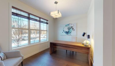 2820 25A St SW, Calgary 3D Model